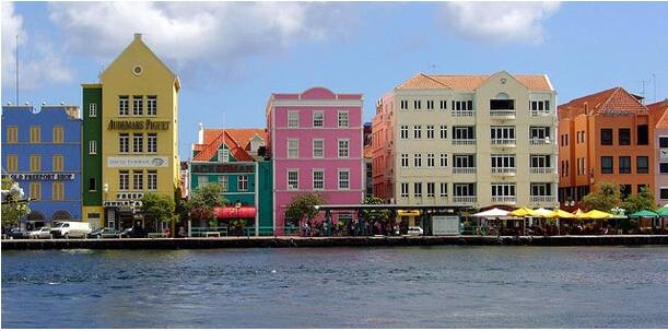 City life in Willemstad