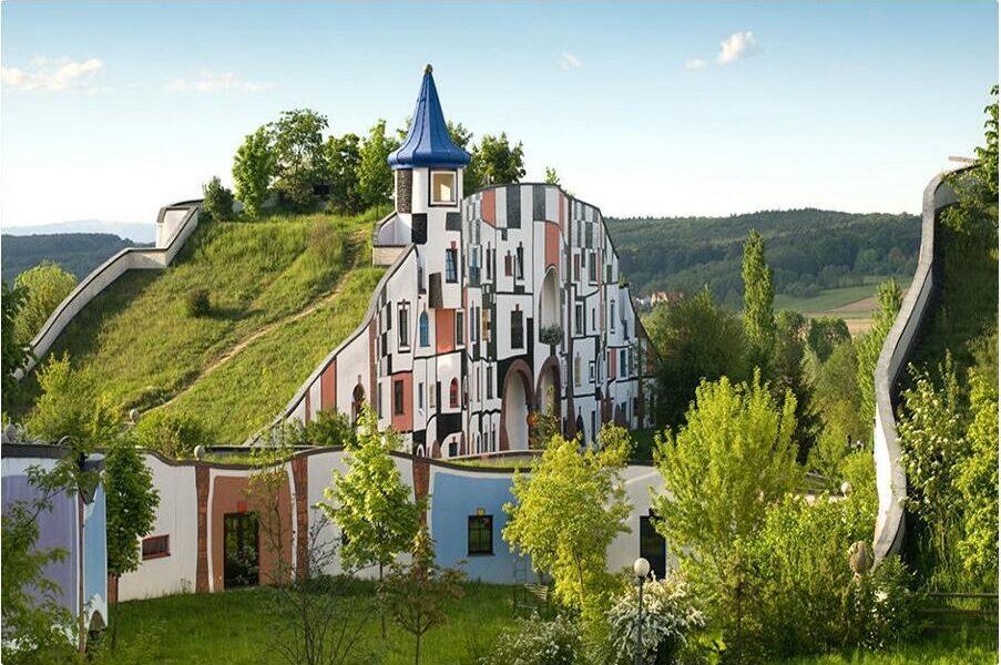 Rogner Bad Blumau - The thermal bath in Hundertwasser design